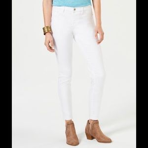 Style & Co Leggings White jeans size 6